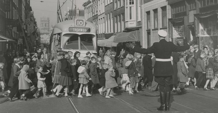 Boekhorststraat 1953 fotograaf J.Th. Piek